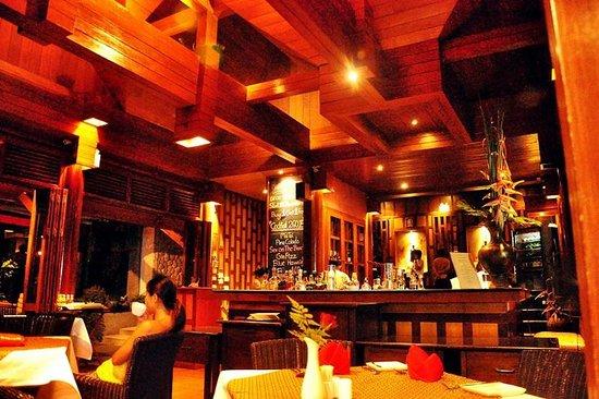 Baan Yin Dee Restaurant