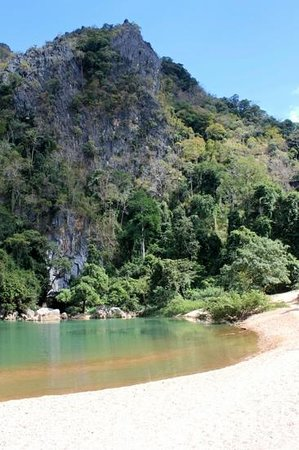 Kong Lor Cave: outside the cave
