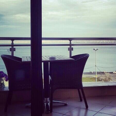 Buyukada Comfort Hotel: panorama'da manzara