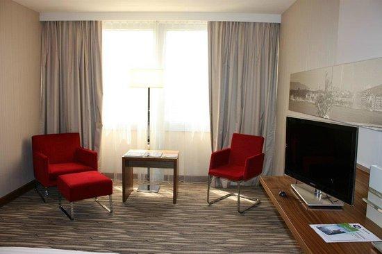 Movenpick Hotel & Casino Geneva : Chambre deluxe