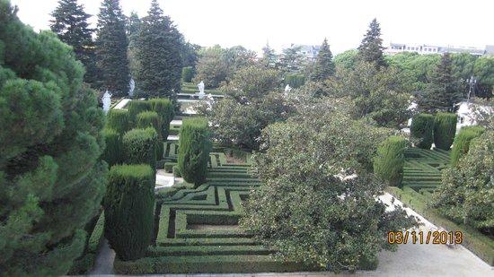Plaza de Oriente : Gardens