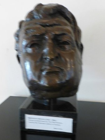 Dublin Writers Museum: Bust