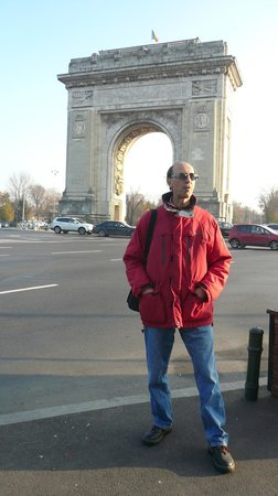 Triumph Arch: view from parcul Herastrau corner