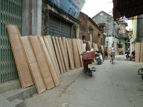 Custom Vietnam Travel Day Tours: Tho Ha Village: drying rice paper