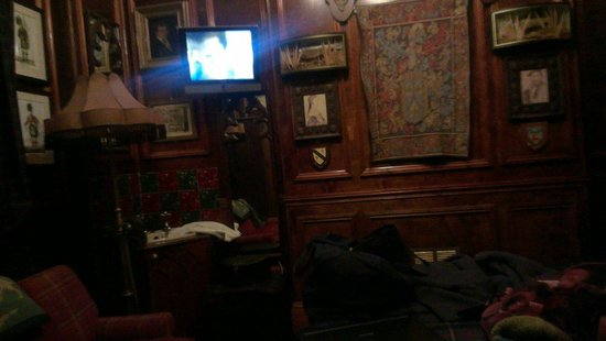 Pavilion Hotel: Tv