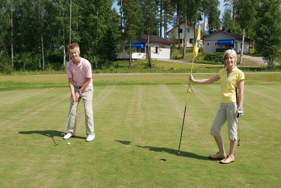 Lomakeskus Revontuli: Golf
