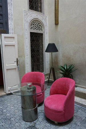 Riad Anata : alliance du contemporain et du style traditionnel