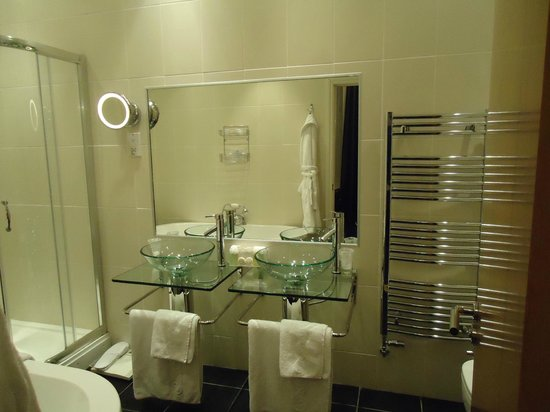 The Atlantic Hotel: Fabulous Bathroom