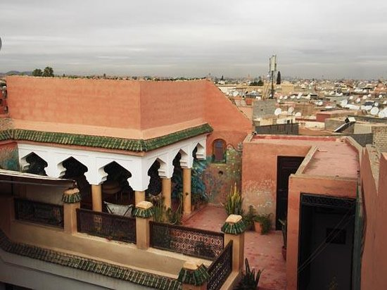 Dar Malaika: detail terrasse