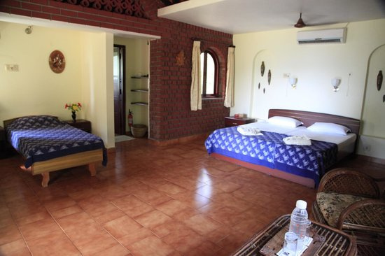 Lakeside Guest House: My Room ( Cottage No 3)