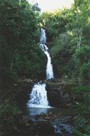 Santa Rita Do Passa Quatro, SP: Cachoeira Três Quedas