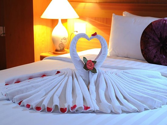 Glance Beauty Hotel: Happy honeymoon