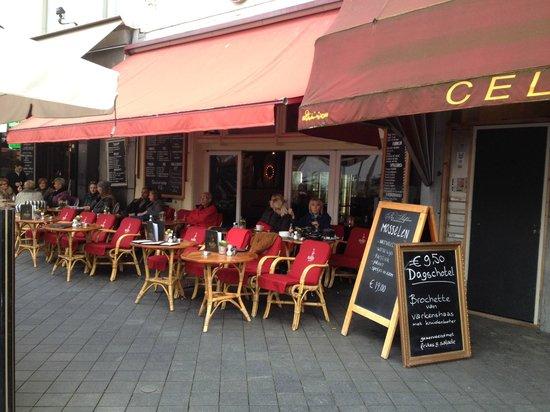 Terras van restaurant rekko aan het vrijthof foto van vrijthof maastricht tripadvisor for Lay outs terras van het restaurant