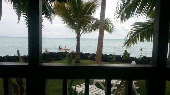 Le Vasa Resort: View from the Oceanview fale No. 3 deck