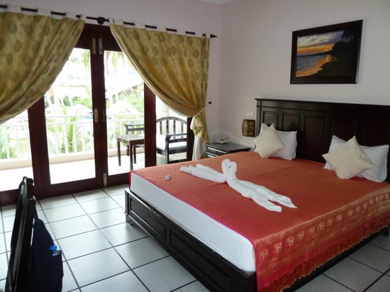Grace Boutique Resort : bright rooms, large balconies, face the sea