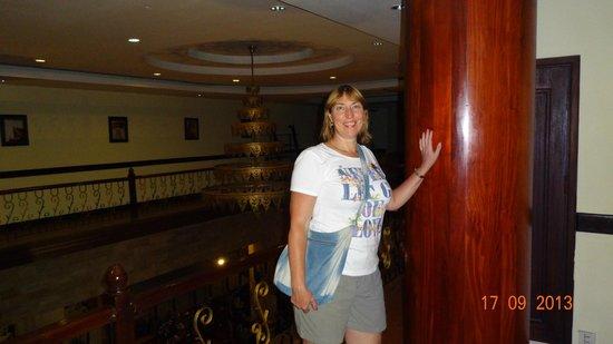 Apsara Holiday Hotel: В отеле.