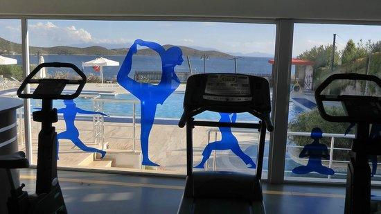 Aktur Residence : Vom Fitnessraum zum Pool