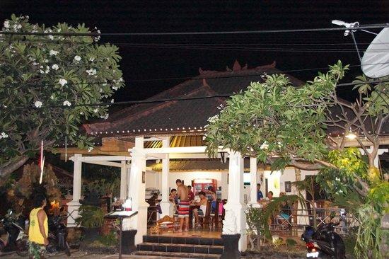 Wayan Restaurant: Aussenansicht