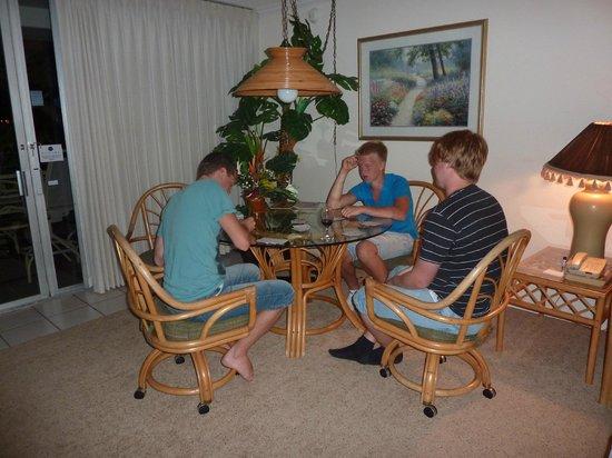 Maui Eldorado: Living room