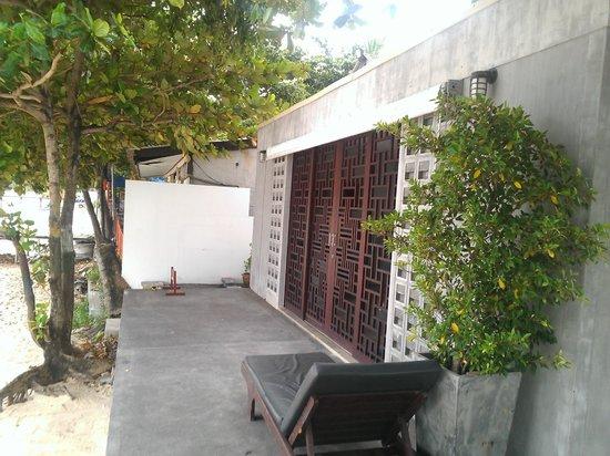Full Moon Villa and Residence : Самый ближайший номер к пляжу