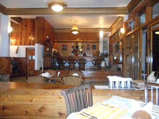 Ri Kynjai : The dining area