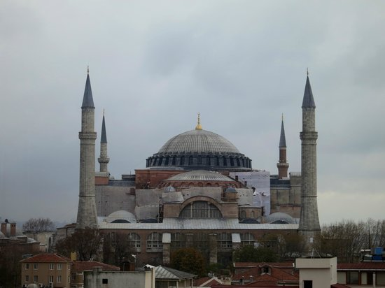 Agora Life Hotel : View of Hagia Sophia from the room