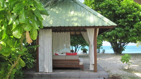 Denis Private Island Seychelles: Day bed