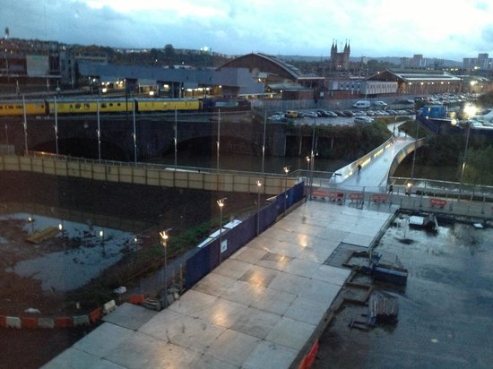 Ibis Bristol Temple Meads Quay: River view and part of the station