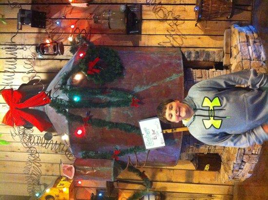 Hatfield & McCoy Dinner Show: Huge still in the gift shop