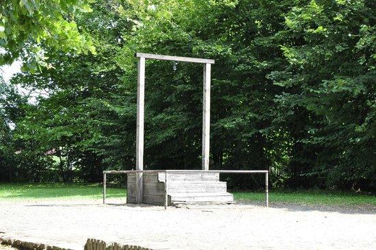 crematorio del campo de concentracion - bild von staatliches museum