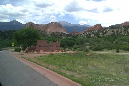 Jardín de los dioses (Garden of the Gods): Not quite The Pearly Gates, but very lovely all the same.