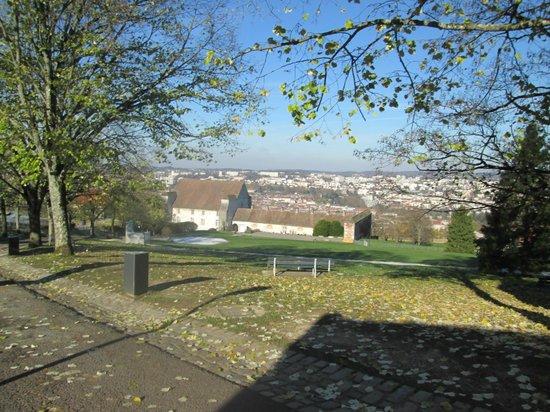 La Citadelle de Besançon: поднимаясь на Цитадель......