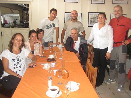 El Churrasco Hotel Restaurante : desayuno de despedida, ella fue las que nos aguantó