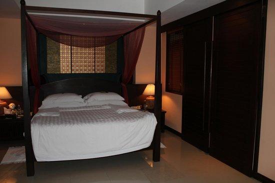 Bo Phut Resort & Spa: вилла спальня