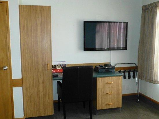 Amross Court Motor Lodge: LCD-TV mit Sky+
