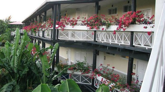 Sandals Montego Bay: Back of SeaGrapes Building