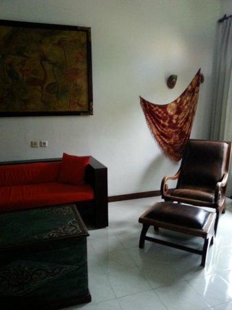 Tamukami Hotel: sitting area