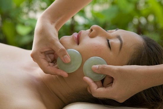 Bodiwork Spa: Crystal facial and body massage