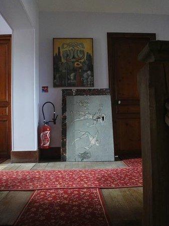 Les Tourelles de Thun : Kunstwerke im Haus