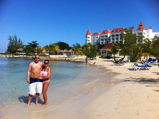 Grand Bahia Principe Jamaica: Gorgeous beach with resort in background