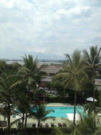 Pullman Douala Rabingha: piscine