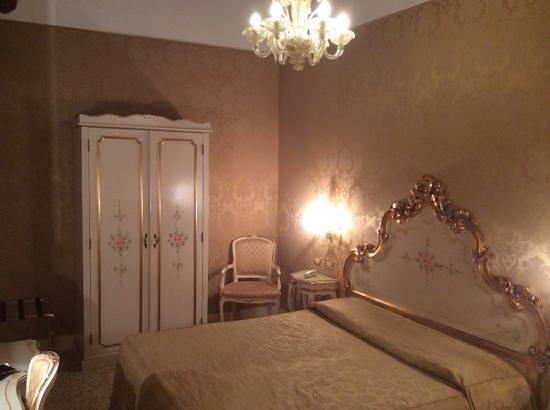 Hotel Ca' Dogaressa: camera da letto