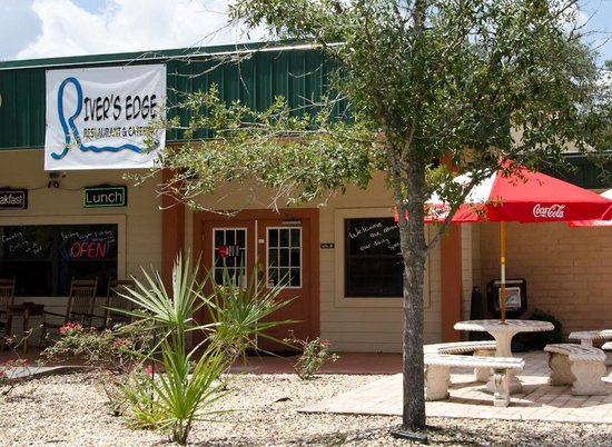 Jan and Al Country Kitchen: River's Edge Cafe