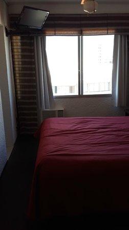 Amsterdam: room