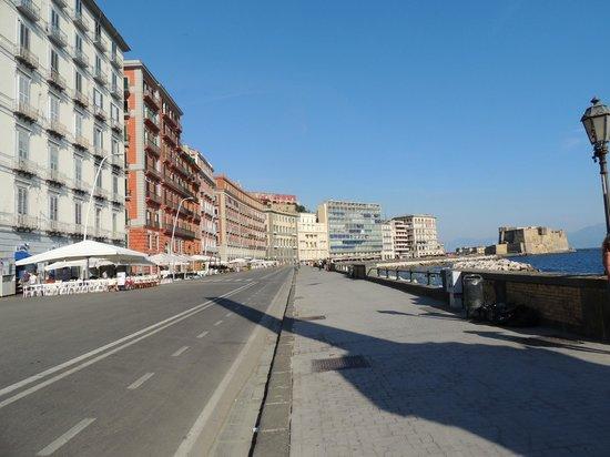 Via Caracciolo e Lungomare di Napoli : Great view