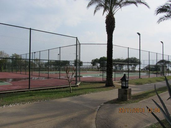 IC Hotels Green Palace: Tennis courts
