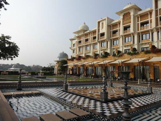 The Leela Palace Udaipur: Terrassenansicht