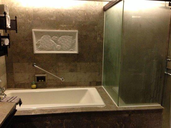 INTERCONTINENTAL Bali Resort: バスルーム
