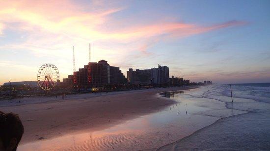 Holiday Inn Hotel & Suites Daytona Beach : Strand