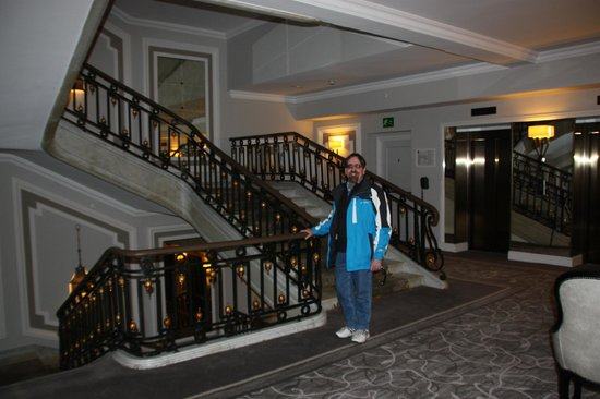 Hotel Maria Cristina, a Luxury Collection Hotel, San Sebastian: stairs